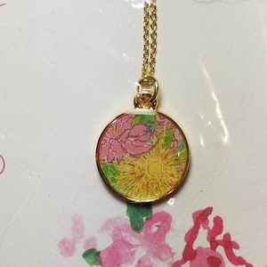 LILLY PULITZER GOLD TONE FLOWER DESIGN NECKLACE
